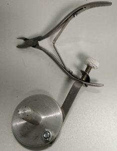 Как разжимать тугие маникюрные кусачки